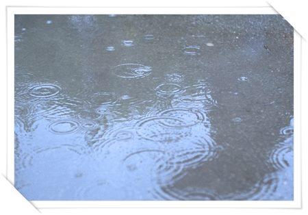 雨の日のデートを楽しく幸せなものにする12の方法04