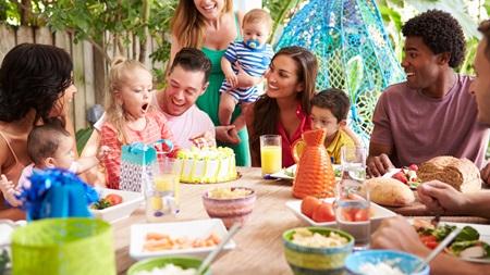 自分の家族や親戚とうまく付き合っていける