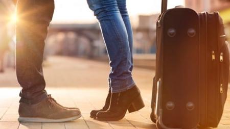 彼氏との旅行準備 荷物は最小限に