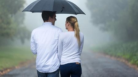 雨の日だからこそ距離を近く