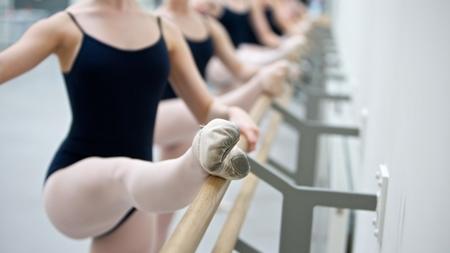 綺麗な姿勢を作るバレエ