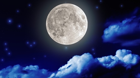 満月の夜に願いをこめて新しい自分に生まれ変わる!
