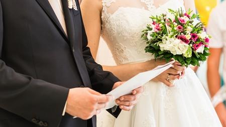 社内恋愛から結婚へ
