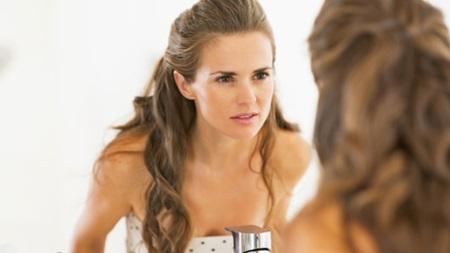 モテる女性は表情にも気を使っています