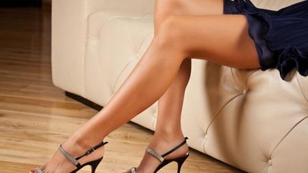 脚の組み替えはつま先の方向が大事
