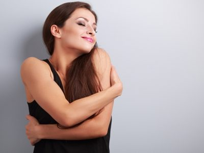恋愛を引き寄せる方法!彼氏をゲットしたいならまず自分から!