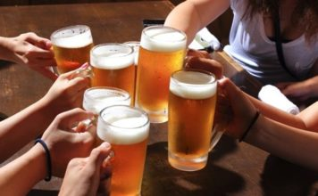 飲み会嫌いの女性が印象度を上げる方法