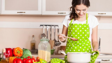 家事や料理をてきぱきこなす女性に憧れる