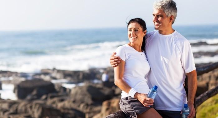 熟年離婚を避ける10の行動!やっぱり1人はさみしい&経済不安!
