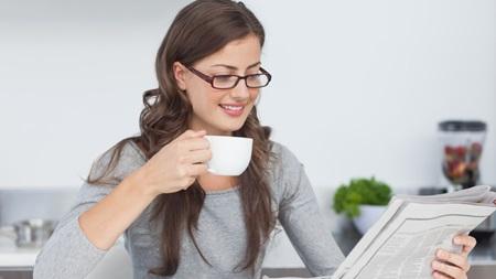 新聞を「読めない」女性はNG
