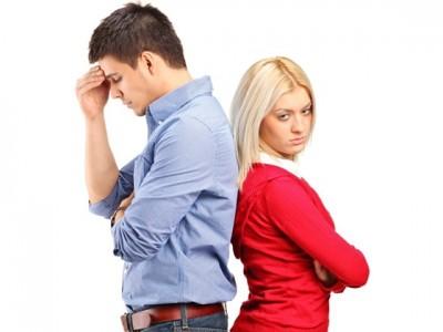 付き合う前のデートでこれでは冷める彼女の態度11選